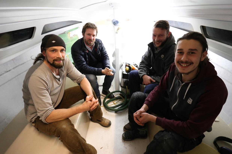 die Refit-Crew mit Werftchef Henning Mittelmann
